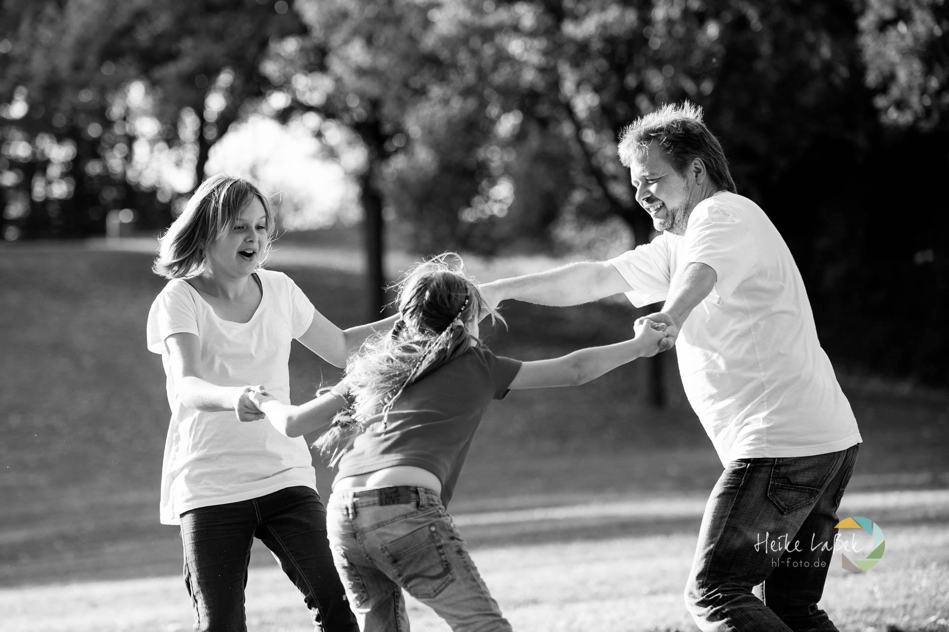 Vater und Töchter